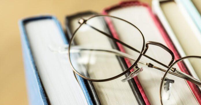 libri e occhiali