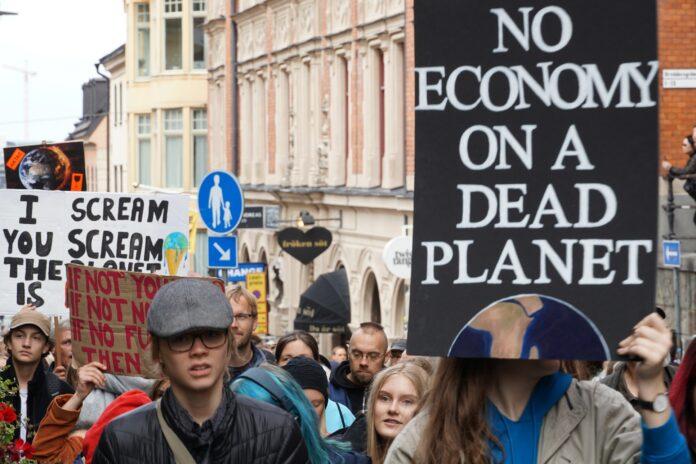 Manifestazioni contro la crisi climatica